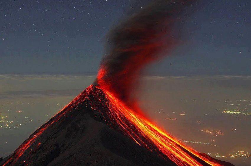 Volcán Fuego - energía geotérmica