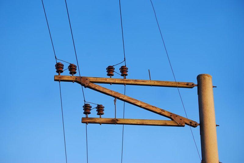 madera es aislante de electricidad