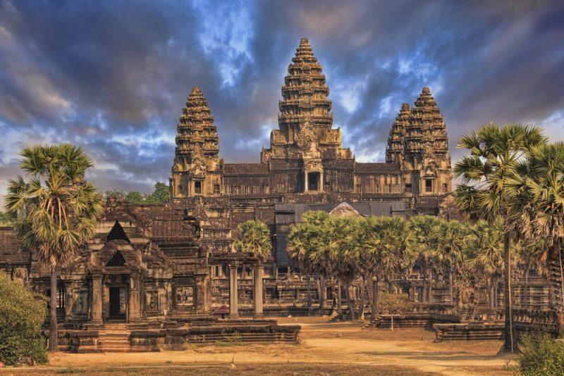 angkor wat en camboya - paisaje religioso
