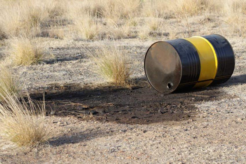 Contaminación del suelo con químicos.