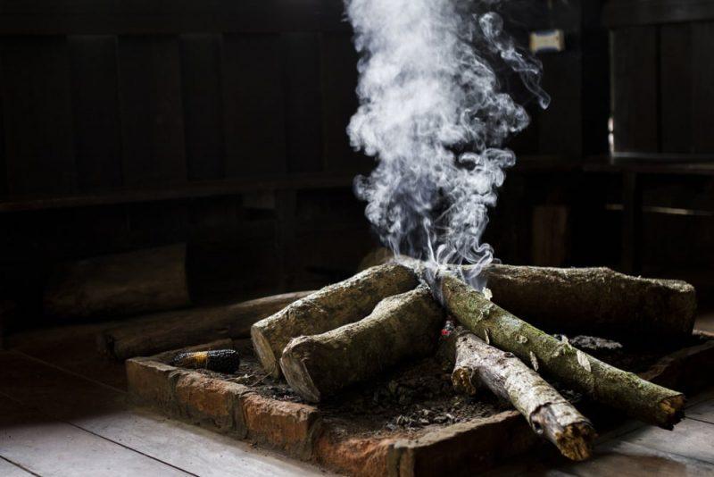 madera y humo: de sólido a gaseoso