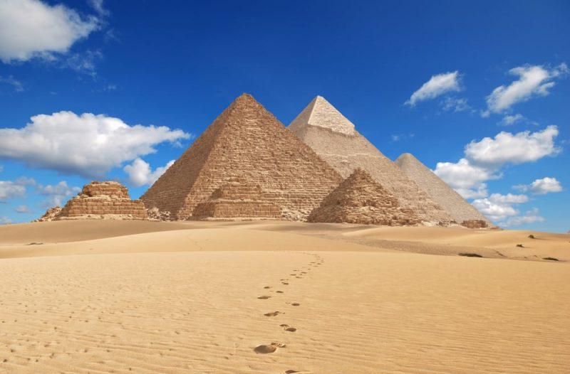 piramides de egipto - paisaje artificial