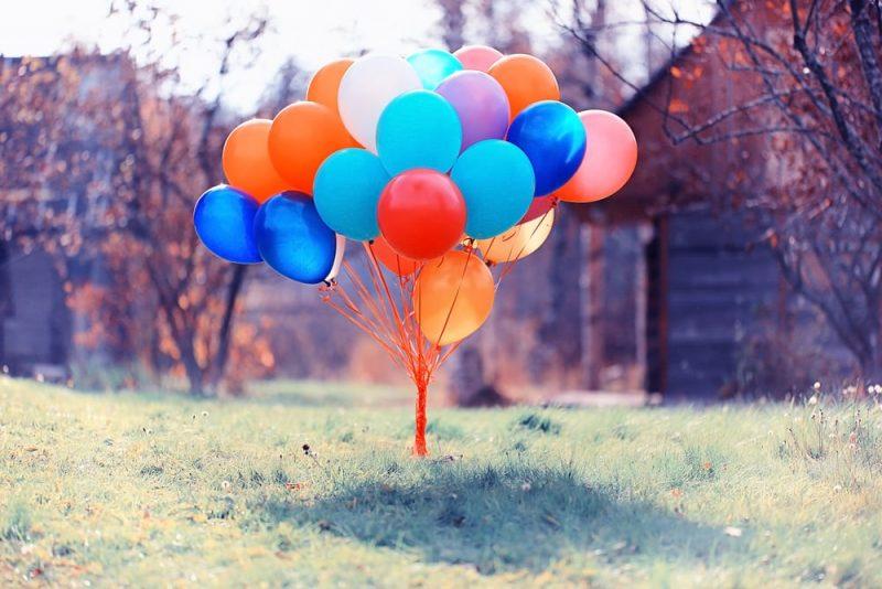 globos inflados - helio sustancia pura