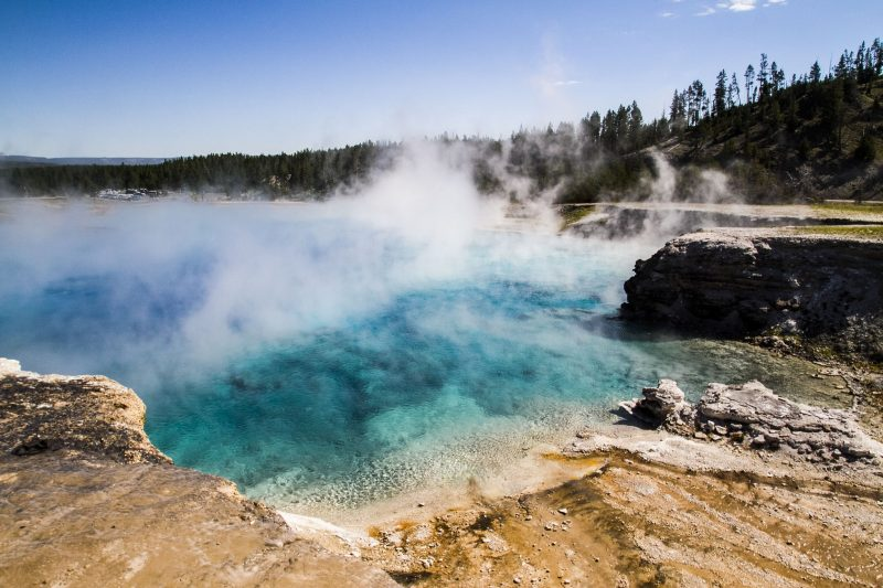 Geiseres del Parque Yellowstone - energia geotermica