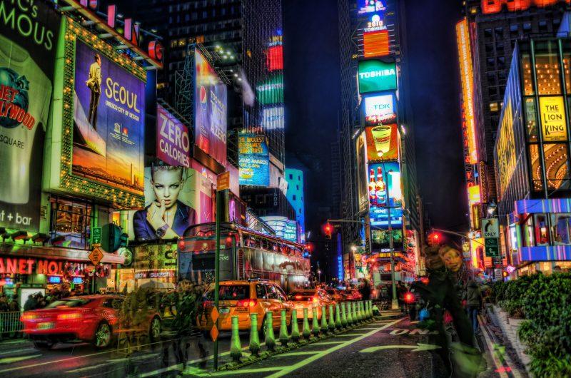 ciudad iluminacion - energia electrica