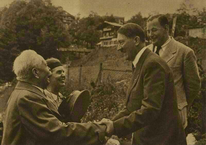hitler - lider autocratico